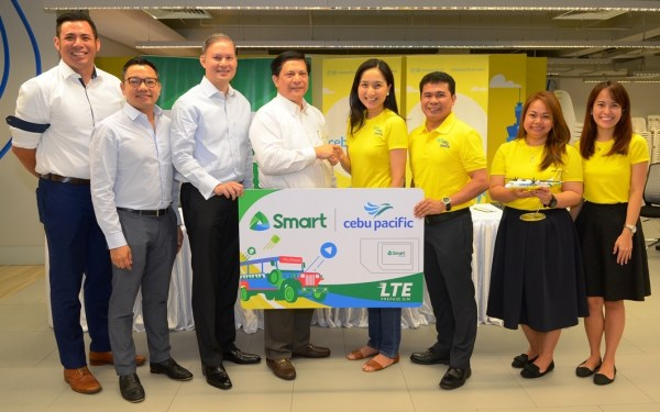 Smart and Cebu Pacific partner for launch of complimentary SMART LTE Tourist Sim