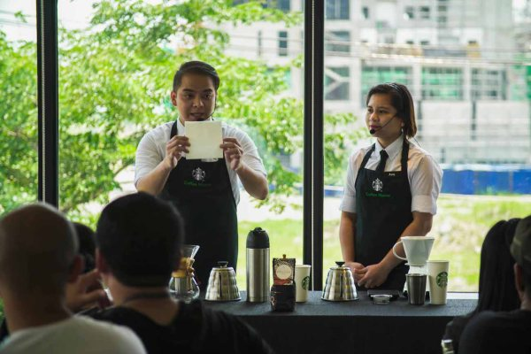 Starbucks Global Coffee Master Ces Ranillo and Ana Mendoza