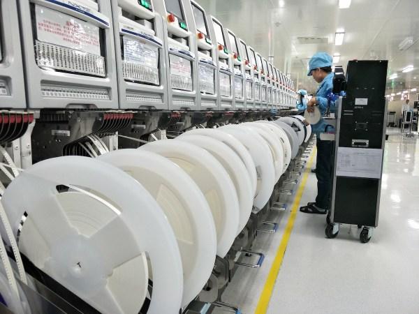 Inside OPPO Assembly Line