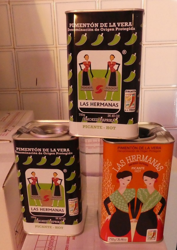 consumer sized paprika cans from Las Hermanas