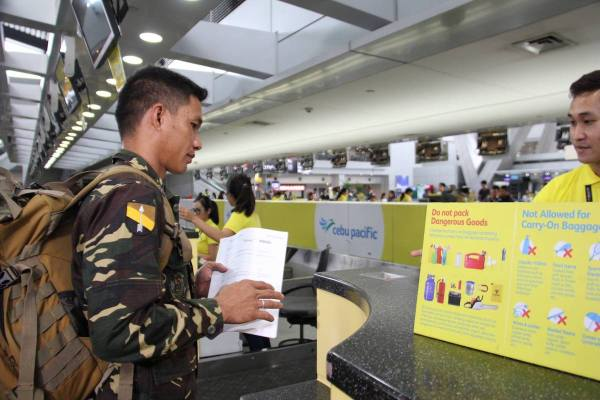 Cebu Pacific gives free flights to wounded soldiers photo via Philippine Army Facebook