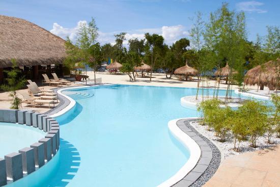 Bluewater Panglao Beach Resort Pool