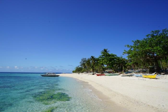Cobrador Island in Romblon