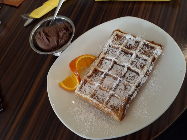 Yummy waffles from Cup & Cino Osnabrück