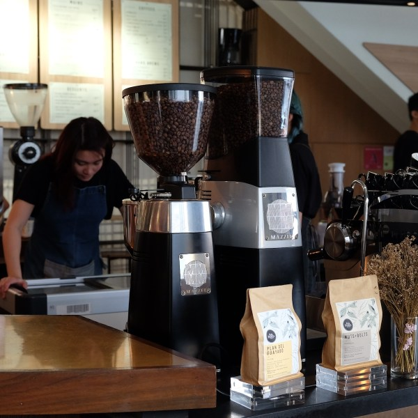 Papa Palheta's beans power the third wave coffee culture in Singapore as one of the pioneer coffee roasters and suppliers.