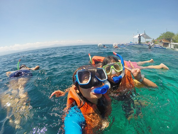 Snorkeling in Moalboal by faithmariii