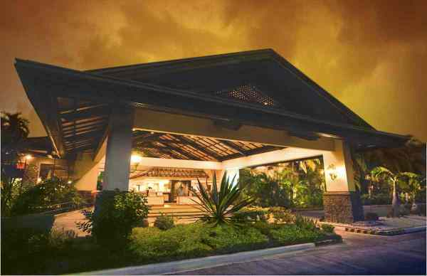 Waterfront Insular Hotel Davao Lobby