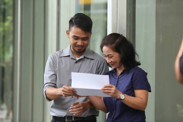 HSBC brings mother and son One Step Closer to seeing the world