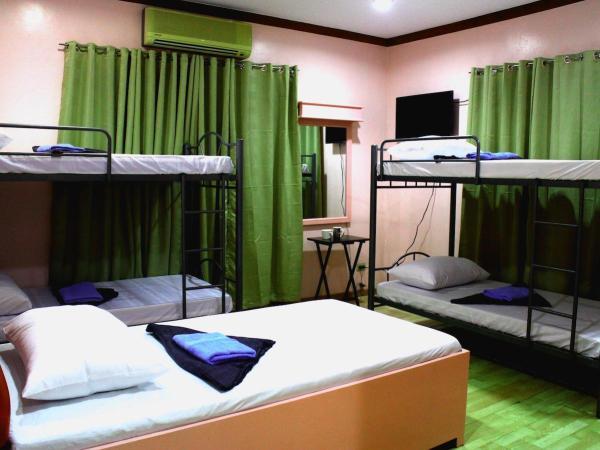 Mountain Breeze Hostel