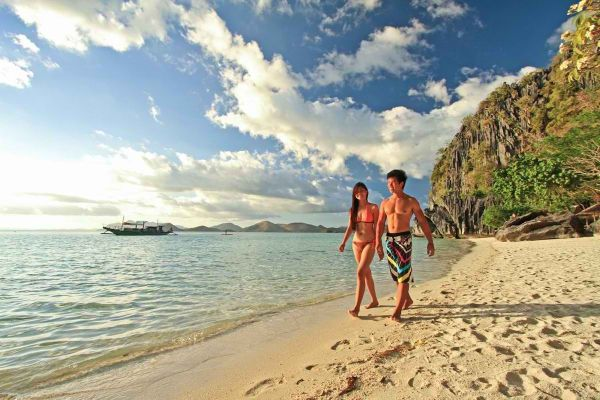 Summer holiday ideas in PH - Banol Beach photo via Two Seasons Resort
