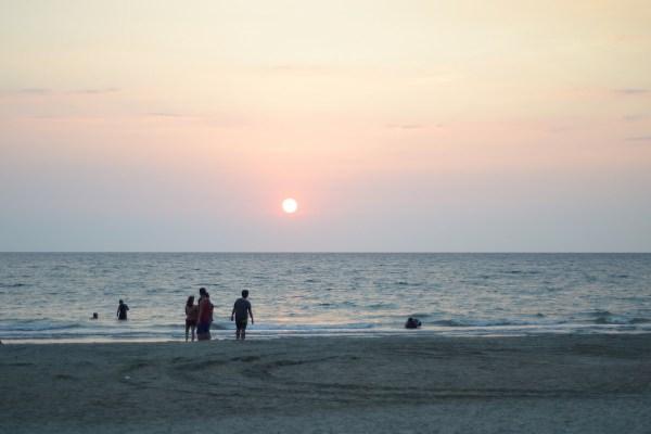 Beach in Bauang La Union by Chelsea Gabriel via Flickr