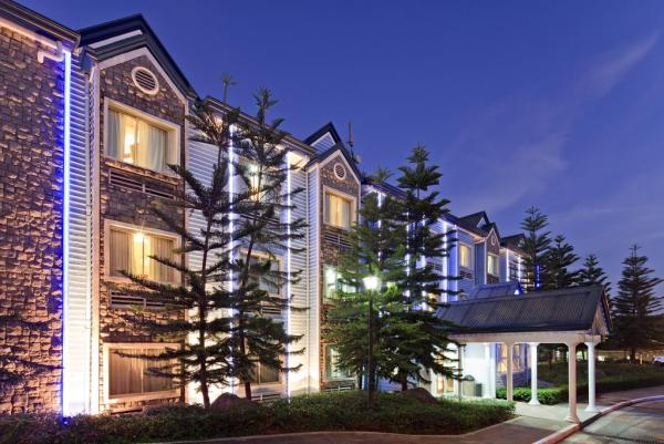 Microtel Inn and Suites by Wyndham Baguio