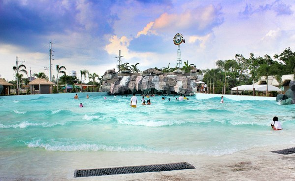 Klir Water Park Resort in Bulacan.