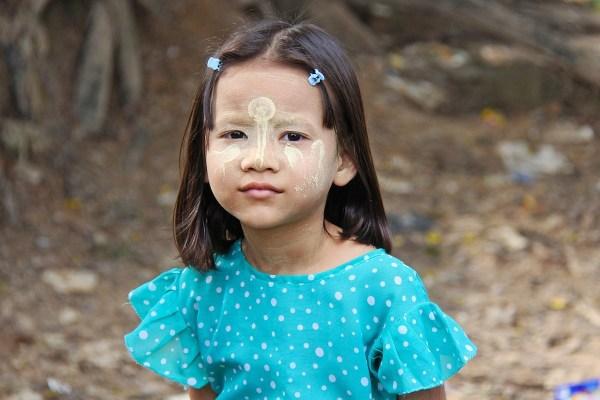 Girl in Yangon
