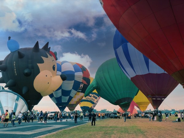Hot air balloons in Clark