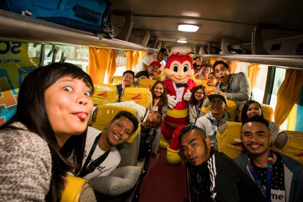 Lakbay Norte 7 team with Jollibee photo by Martin San Diego- NPVB