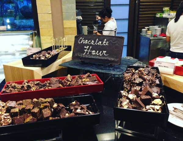 The chocolate hour is a Mövenpick standard feature. Chunks of chocolate served buffet style. The sweets are tooth-achingly good; perfect for sweet-tooths.