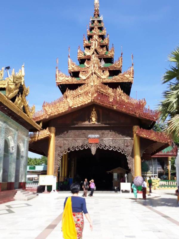One of the entrance gate of Shwedagon Pagoda