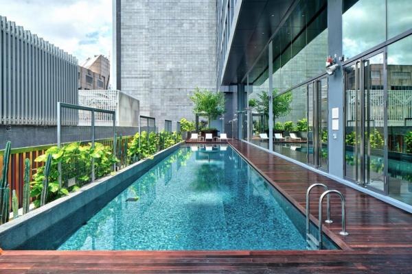 YOTEL Singapore Orchard Road Pool - The Hottest Hotel Openings From 2017