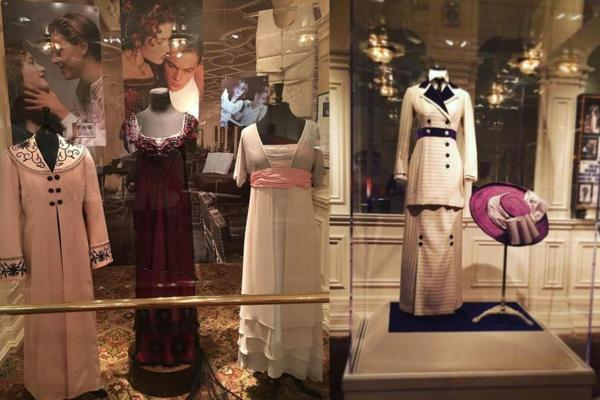 Rose's major costumes on the 1997 film are also in display.