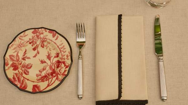 Even the utensils are coinciding with the brand's elements. Image via CNN.