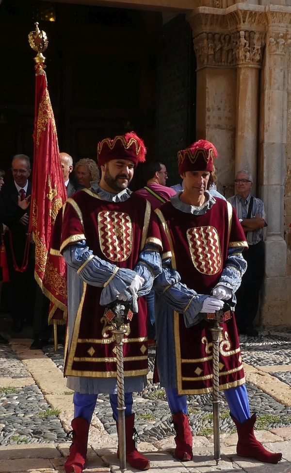 Swordsmen guard the cathedral entrance
