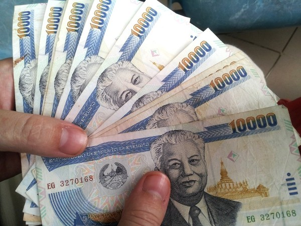 Thai baht - Traveling Bangkok on a Budget