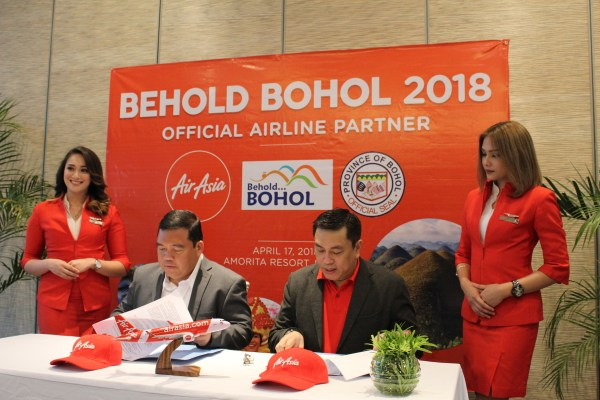 Partnership signing of the Bohol Provincial Government and AirAsia.