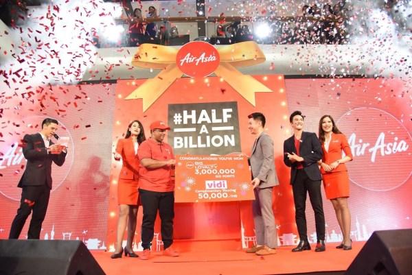 AirAsia Celebrates #halfabillion Guests