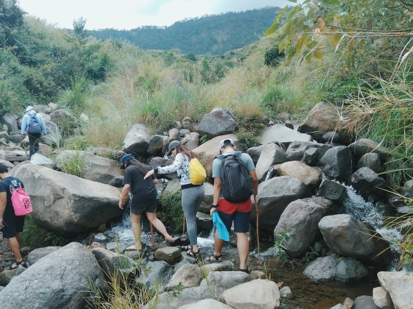 Hike back to Aguid