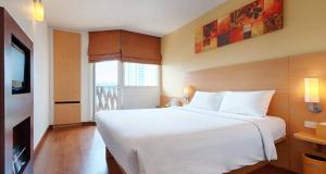 Ibis Pattaya Bedroom