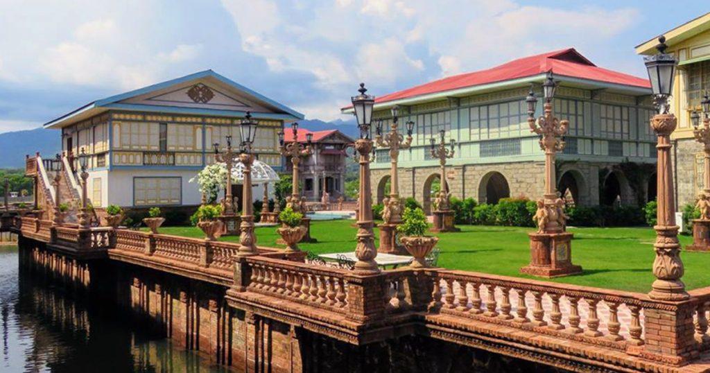 Las Casas Filipinas de Azucar