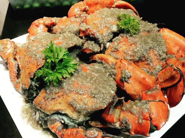 Gusteau's Crab Hauz photo via FB Page