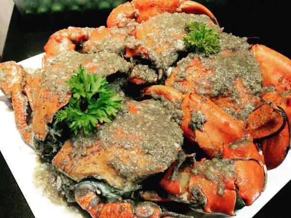 Gusteau's Crab Hauz photo via FB Page