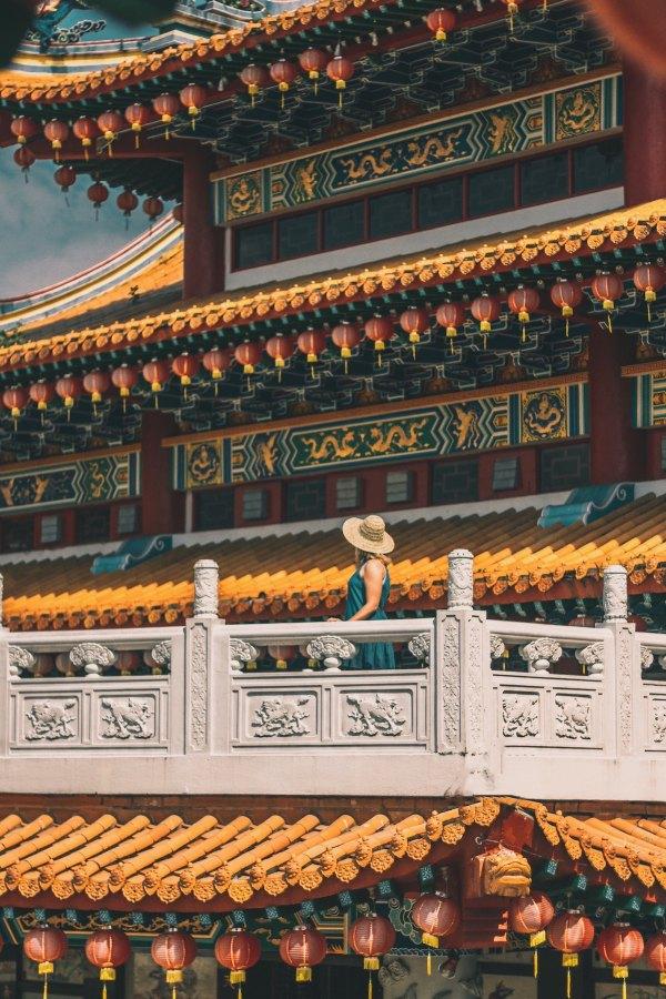 Thean Hou Temple, Kuala Lumpur, Malaysia photo by Nuar Yusli via Unsplash