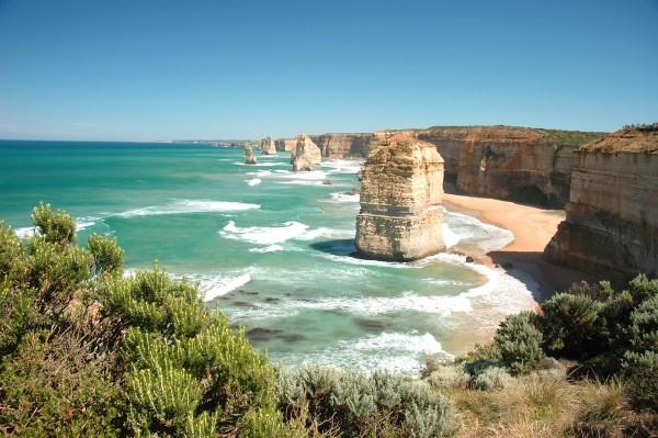 Twelve Apostles, Princetown, Australia Photo credits: Shutterstock:courtesy of Cebu Pacific