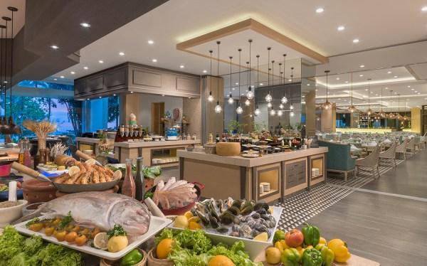 Veranda Restaurant at Taal Vista Hotel in Tagaytay