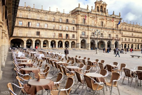 Walking Day Tour of Salamanca and Avila in Spain photo via KLOOK
