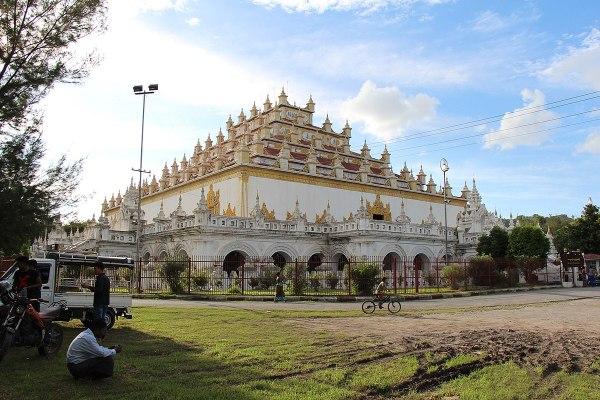 Atumashi Monastery by Mayor mt via Wikipedia CC