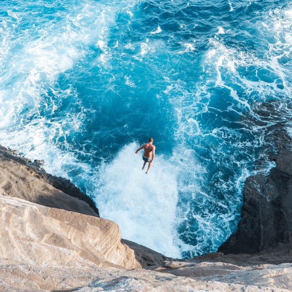Best Things to do in Honolulu by Kekai Ahsam via Unsplash