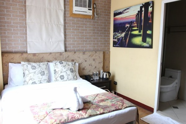 Comfortable rooms at Café Lupe Bed and Breakfast Hotel photo by Prime Lens Studio