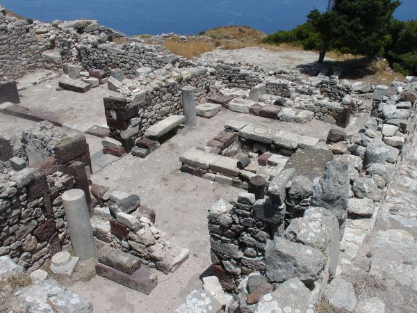 Housing ruins in Ancient Thera photo by Stan Zurek via Wikipedia CC