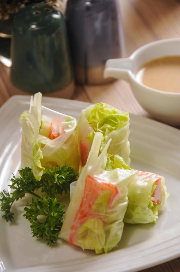 Kani sticks and cabbage cutlets pair well for the most delectable spring rolls.