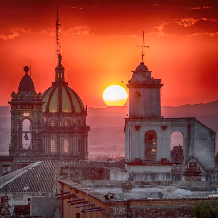 San Miguel de Allende Mexico by @ydaniels via Unsplash