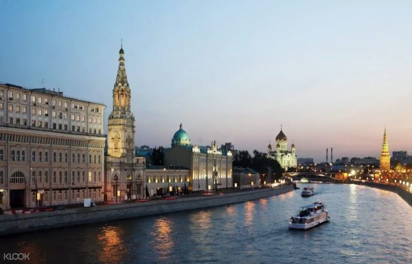 Scenic River Cruise in Moscow photo via KLOOK