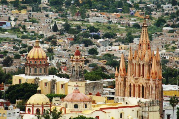 View from El Mirador photo by Esparta Palma via Flickr CC