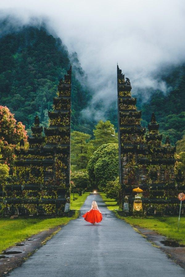 Bali Amazing Asia Getaway by Oliver Sjostrom via Unsplash