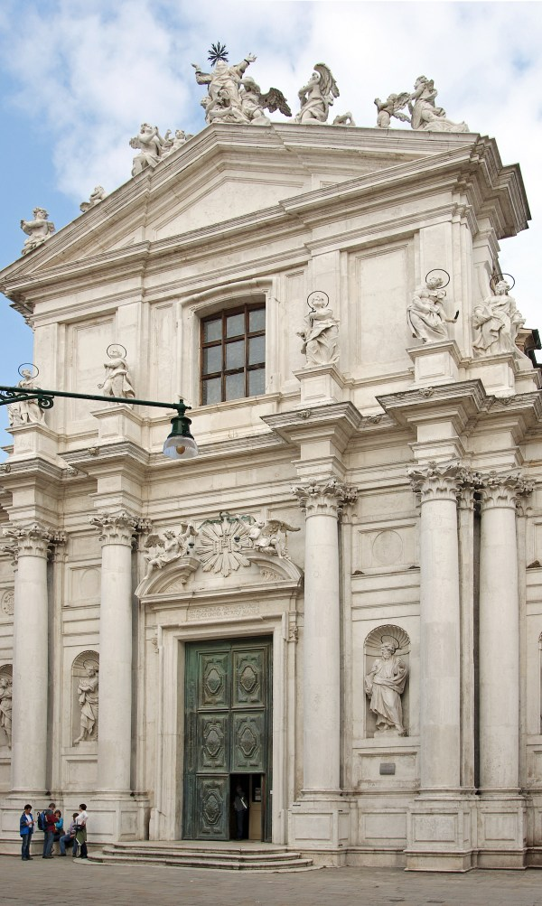 Chiesa di Santa Maria Assunta photo by Didier Descouens via Wikipedia CC