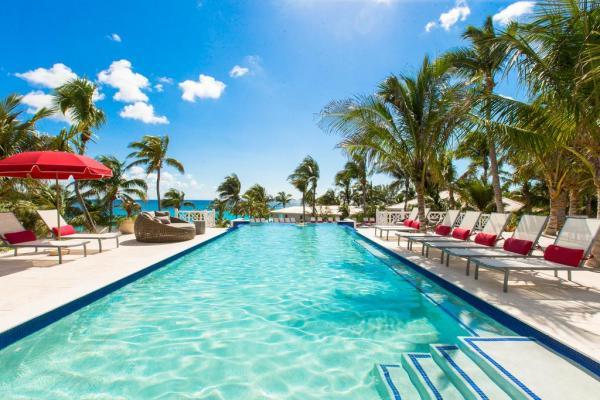 Coral Sands Hotel Bahamas