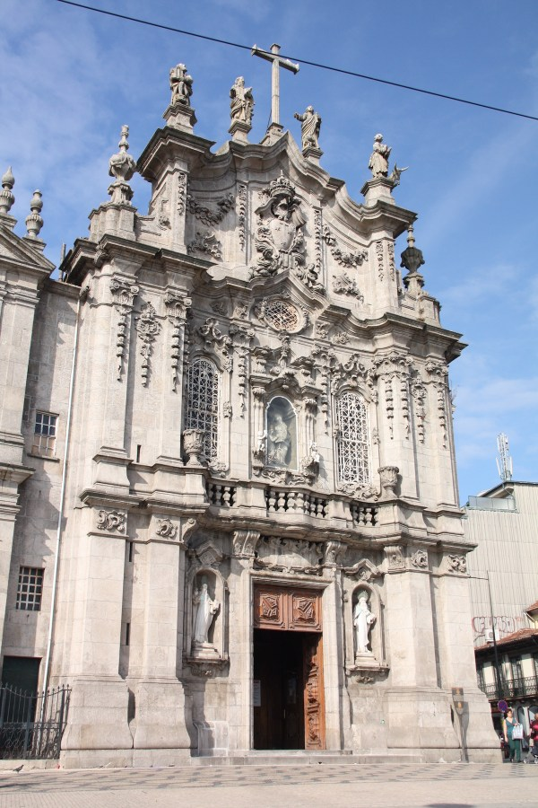 Igreja do Carmo by Otourly via Wikipedia CC